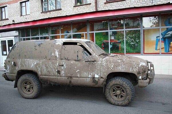Грязный автомобиль фото