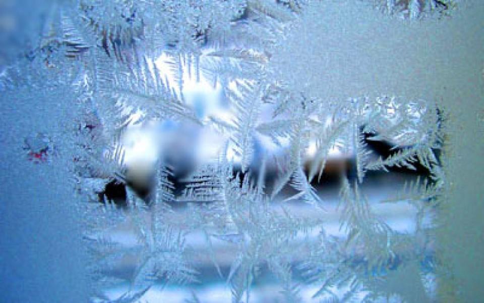 Мороз на окне фото
