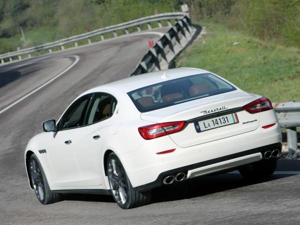 Maserati Quattroporte фото